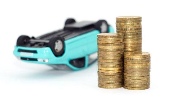 Autokaufvertrag - Schadenersatz ohne vorherige Nachbesserungsmöglichkeit