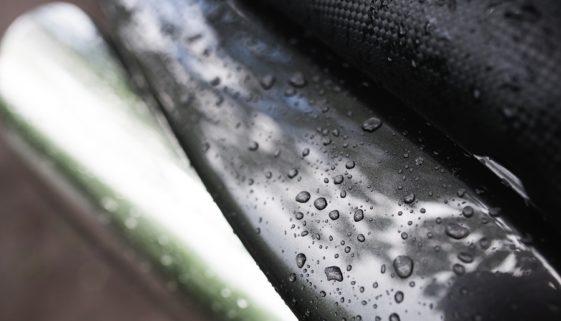 Wassereintritt durch Regentropfen in Fahrzeug ein Fahrzeugmangel?