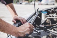 Fahrzeugkaufvertrag - Zusicherung des Einbaus neuer Einspritzdüsen - Beweislast