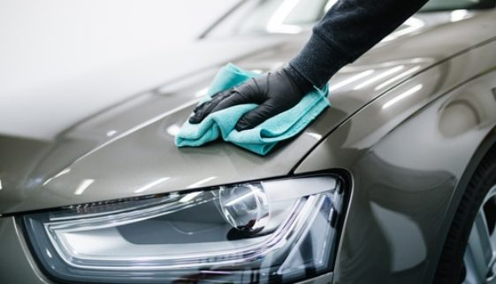 Luxusfahrzeug - Durchführung erforderlicher Nachbesserungsarbeiten