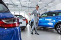 Fahrzeugkaufvertrag - Arglist Kfz-Verkäufer bei Anbringen falscher Umweltplakette